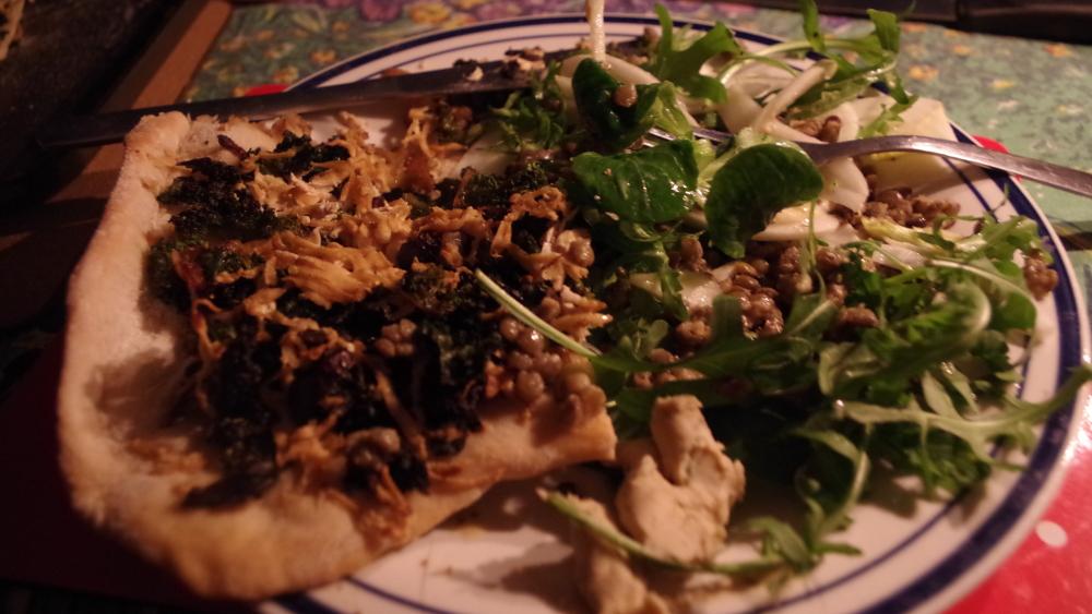 fenel-salad_with_kale_and_smoked_tofu_pizza